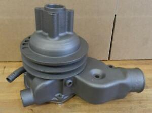 1960-70 Diamond Reo White Truck Vertical Engine I6 rebuilt water pump 1407-A7