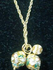 14K GOLD CHAIN AND  THREE GOLD BALL PENDANTS WITH GOLD ACCENT SEASHELLS