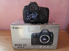 Canon EOS 5D Mark III avec boite et chargeur - shutter 47K