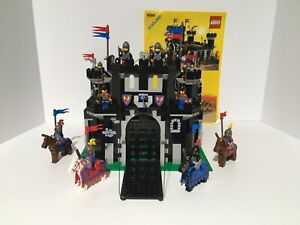 Lego Castle 6085 Black Monarch's Castle w/manual