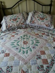 DB Quilted Printed Patchwork Embroidered Comforter Throw Set 4 pieces Green Mix