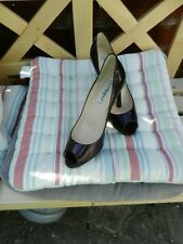 Lk Bennett Purple Patent Leather  Shoes. Size 37.