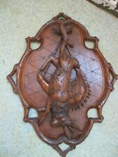 QUALITY ANTIQUE BLACK FOREST RABBIT HARE HUNTING PLAQUE SWISS WOOD CARVING