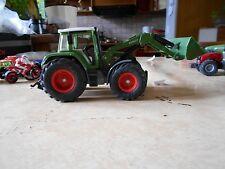 Siku  Tracteur Vert avec cabine Fendt avec pelle