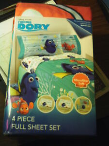 FINDING DORY 4 PIECE MICROFIBER FULL SHEET SET~2 SHEETS & 2 PILLOW CASES~NEW