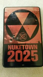 """Skinit Call of Duty Black Ops II """"Nuketown"""" Kindle Fire Protective Case NEW"""