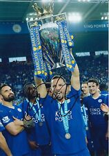 LEICESTER CITY HAND SIGNED DANNY DRINKWATER 12X8 PHOTO.