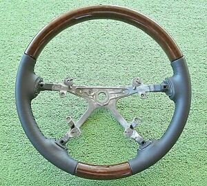 2007-14 OEM GMC Acadia Woodgrain/Leather Steering Wheel