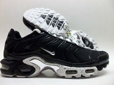 NIKE AIR MAX PLUS BLACK/CHROME-BLACK TRAINER SIZE MEN'S 9.5 [604133-091]