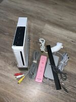 Nintendo Wii White TESTED RVL-001 USA (Comes w/Wiimote, Nunchuck, Stand, Cables)