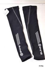 Vêtement Vélo - Manchettes - SKINS Essential Noir Unisexe- Taille S - NEUF