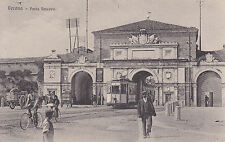8433) VERONA PORTA VESCOVO TRAM CARRO E BICICLETTE.