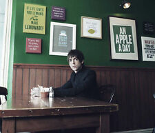 Miles Kane UNSIGNED photo - H1320 - English musician