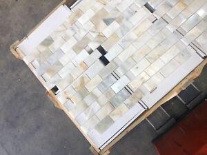 Calacatta Gold Subways Marble Mosaic Tiles Floor / Wall Polished Marble Tile