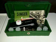 1950s VINTAGE US SINGER SEWING MACHINE ATTACHMENT BUTTONHOLER & TEMPLATES w/CASE