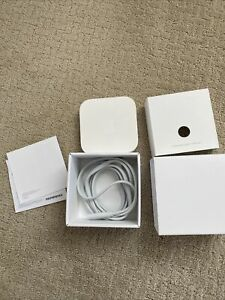 Apple Airport Express - A1392 Dual-Band Wi-Fi Router