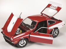 AMERICAN MUSCLE 1/18 CHEVROLET VEGA 1971 ROUGE/BLANC AMM1022 !!!!
