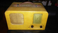 1939 TRUETONE PORTABLE RADIO 5 B3 SERIES Wells-Gardner