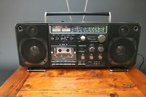 Sanyo M9998 K Boombox Ghetto Blaster Aux & Turntable Inputs Vintage 1978