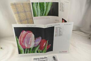 "Mary Maxim Spring Tulips Latch Hook Rug 27"" x 35"""