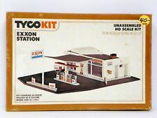 "TYCO HO U/A ""EXXON STATION"" PLASTIC MODEL KIT"