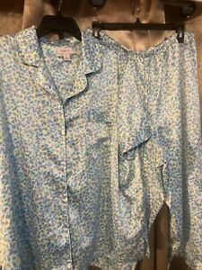 Cabernet Satin  Capri   Pajamas Set Pjs Size Extra Large