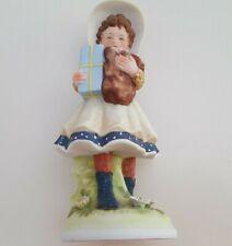 Vintage 1973 Holly Hobbie - Hhf1 - Figurine Girl Blue Polka Dot Holding Packages