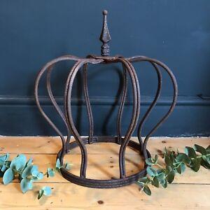 Large Rusty Iron Crown Garden Metal Wire Ornament Decoration Planter Sculpture