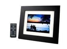 "Pandigital PAN7000DW 7"" Digital Picture Frame"