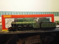 A Boxed OO Gauge Hornby R.2265 LNER A3 Class 4-6-2 Number 2751 Humorist
