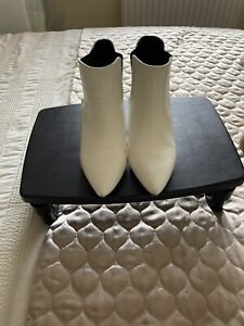 Ladies White Patent Ankle Boots Size 6 by Azarey