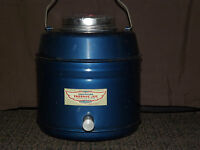 VINTAGE PICNIC  1940-50S BLUE  METAL CHAMPION THERMIC JUG FOR FOOD & BEVERAGE