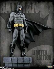 Ikon Collectables--Batman Arkham City - Batman 1:6 Scale Limited Edition Statue
