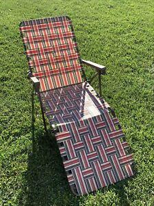 Vintage Folding Lounge Chair Aluminum Webbed Beach Lawn Patio Porch Chaise EUC