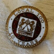 Collectible Vintage U of A IB CW Pinback Button Local 100 10 years