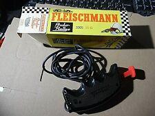 Fleischmann auto rallye PULSANTE 3305 CON FRENO ROSSO/NERO 35 ohm IN BOX