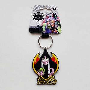 Disney Villains - Evil Queen as Old Hag Soft Touch PVC Keyring/Keychain 23893