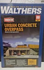 Urban Concrete Overpass w/ retain Model Railroad building kit Walthers 933-4560