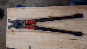 Pince monseigneur SAM 600 coupe câble avec guide coupe barbelés + manche isolé