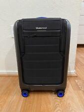 NWOB BLUESMART One Smart Luggage 3G+ GPS Tracking Remote Locking Battery Charger