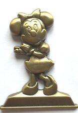 Disney Pin Badge WDW - Annual Passholder – Gold Statue Minnie