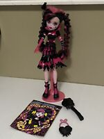 Monster High Doll Draculaura Sweet Screams Diary Purse & Pink  Stand