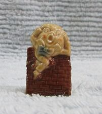 Wade Pottery England Humpty Dumpty Red Rose Tea Nursery Rhyme Figurine Free S/H