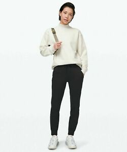 NWT LULULEMON READY TO FLEECE JOGGER/PANT  SZ 4  SOLD OUT !!!