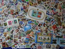 (LOT-VRAC 337) 1000 très beaux timbres du monde (photo dans le texte)