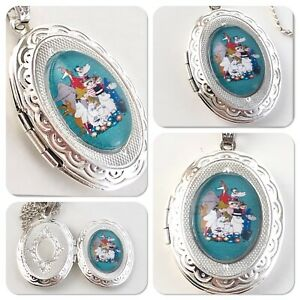 Moomin & Friends oval Locket necklace Moomins V1
