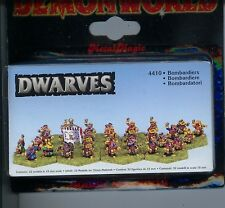 Demonworld Dwarven Dwarf Bombardiers (32) MINT 15mm Lead Miniatures