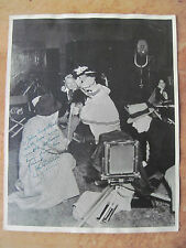 ORIGINAL W.C. FIELDS PHOTOGRAPH SIGNED TO PARAMOUNT PHOTOGRAPHER JOHN ENGSTEAD