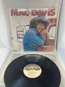 MAC DAVIS - LP NBLP-7239 SHRINK -TEXAS IN MY REAR VIEW MIRROR