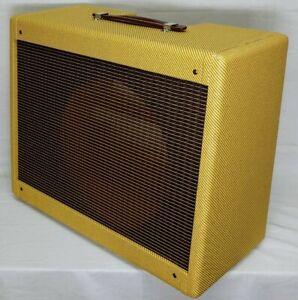 Narrow Panel Tweed Deluxe (Pro Junior)® Guitar Amplifier Combo Speaker Cabinet